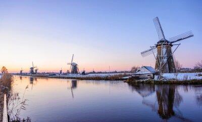 Canvastavlor En vintermorgon i Nederländerna