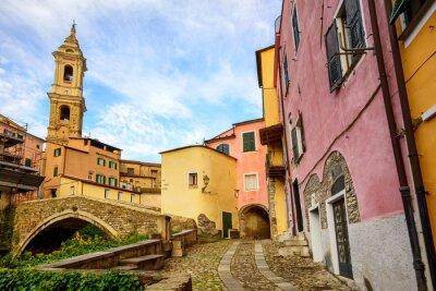 Canvastavlor Färgglada hus i gamla stan i Dolcedo, Ligurien, Italien