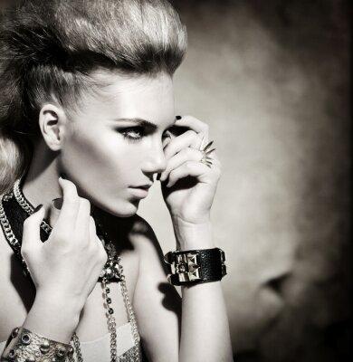 Canvastavlor Fashion Rocker Style modell flicka porträtt. Svartvitt