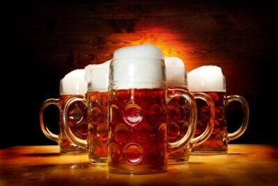 Canvastavlor Fem öl glasögon på träbordet