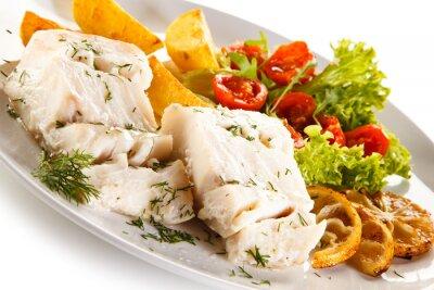 Canvastavlor Fiskrätt - kokt fiskfilé, bakad potatis och grönsaker