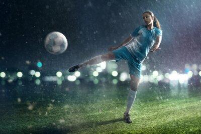 Canvastavlor fotboll kvinna