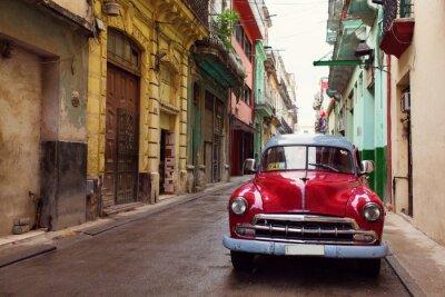Canvastavlor Gammal klassisk bil på gatorna i Havanna, Kuba
