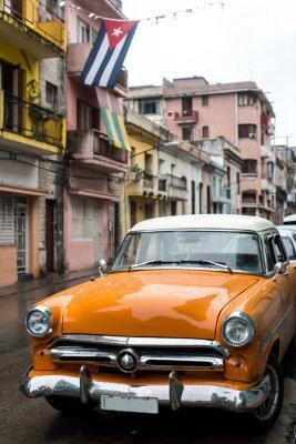 Canvastavlor Gatubilden på regnig dag i Havanna, Kuba