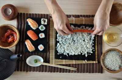Canvastavlor händer matlagning sushi