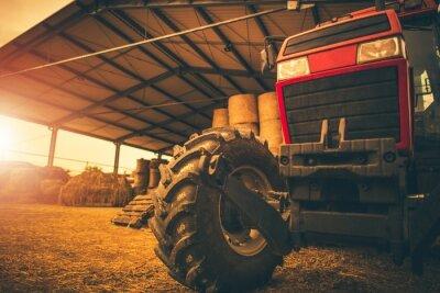 Canvastavlor Hay Storage och traktorn