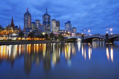 Canvastavlor Horisont Melbourne, Australien över Yarra River på natten
