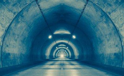 Canvastavlor Interiör från en urban tunnel på berget utan trafik ..