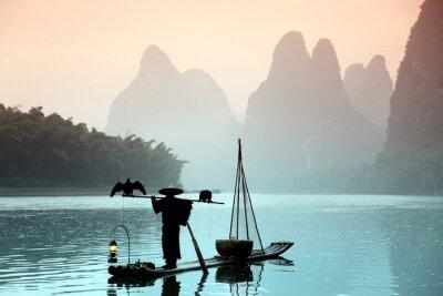 Canvastavlor Kinesisk man fiske med skarvar fåglar