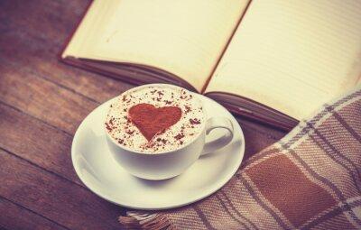 Canvastavlor Kopp kaffe och bok med scarf