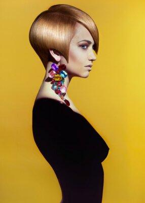 Canvastavlor Lady med elegant frisyr