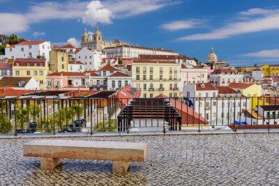 Canvastavlor Lissabon stadsbild - traditionell arkitektur, Alfama distriktet, Lissabon, Portugal.