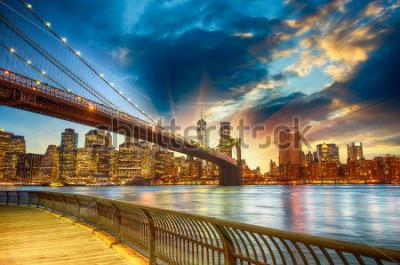 Canvastavlor Manhattan, New York City. Spectacular sunset city view.