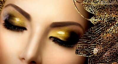 Canvastavlor Mode Glamour Makeup. Holiday Gold Glittrande Skuggor