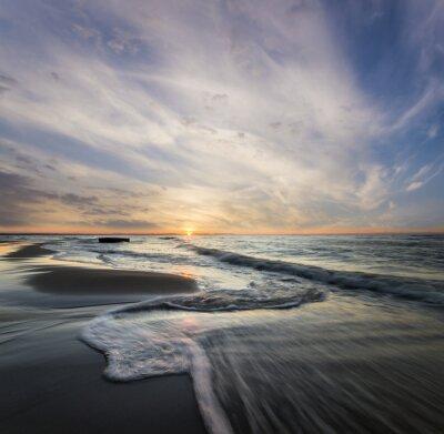 Canvastavlor Morski pejzaż, fale rozbijające się o morski Brzeg