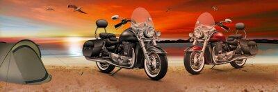 Canvastavlor Motorcykel, cykel på stranden i solnedgången på kvällen