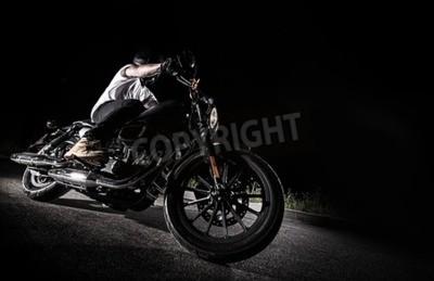 Canvastavlor Närbild på en motor med hög effekt på natten, helikopter.