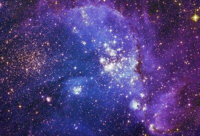 Canvastavlor Natthimlen med moln stjärnorna nebulosa bakgrund. Färgrik fractal färg, ljus på frågan om konst, abstrakt, kreativitet. Planet och galax i ett fritt utrymme. Delar av denna bild som tillhandahålls av