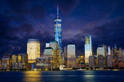 Canvastavlor Nedre Manhattan skyline i skymningen, New York