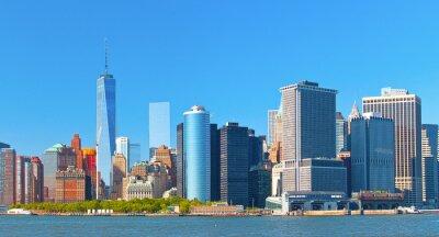 Canvastavlor New York nedre Manhattan finansiella wall street distrikts byggnader horisont på en vacker sommardag med blå himmel