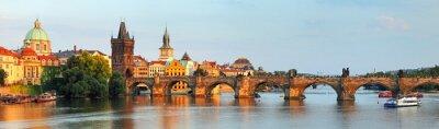 Canvastavlor Panorama över Karlsbron i Prag, Tjeckien