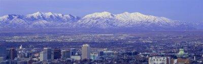 Canvastavlor Panorama solnedgång Salt Lake City med snötäckta Wasatch Mountains