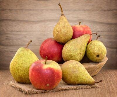 Canvastavlor Päron och äpplen på bord av trä