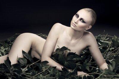 Canvastavlor passionerad och sexig rysk kvinna av en vacker figur