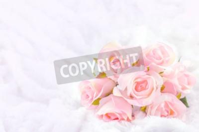 Canvastavlor Pastell Färgad Artificiell rosa rosbröllop brud- bukett på vit päls bakgrund med mjuk vintage ton