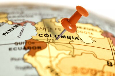 Canvastavlor Plats Colombia. Röd stift på kartan.