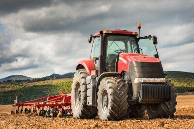 Canvastavlor Röd traktor.