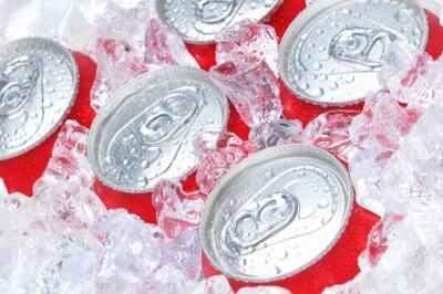 Canvastavlor Slut upp av läskburkar i Ice