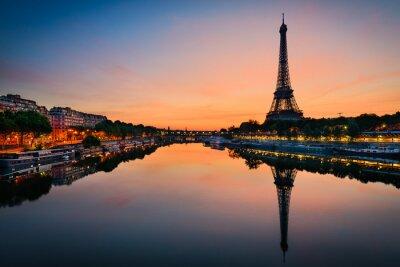 Canvastavlor Soluppgång vid Eiffeltornet, Paris