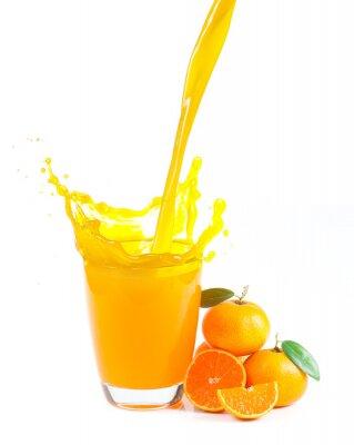 Canvastavlor stänk apelsinjuice med apelsiner mot vit bakgrund