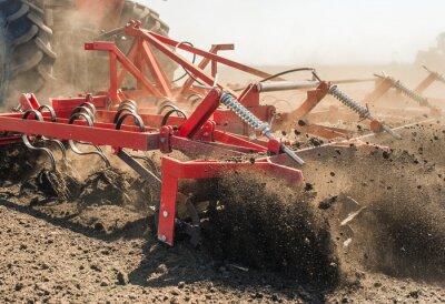 Canvastavlor Traktor förbereder mark