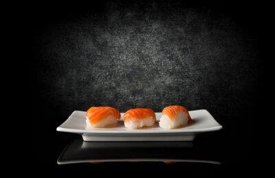 Canvastavlor Tre sushi på svart