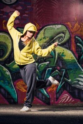 Canvastavlor Ung kvinna dansare