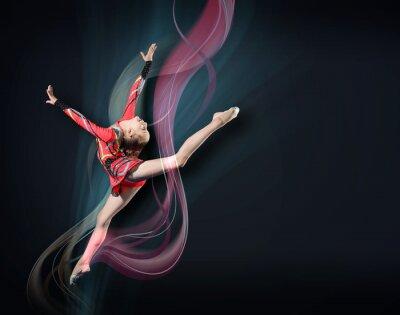 Canvastavlor Ung kvinna i gymnast kostym poserar