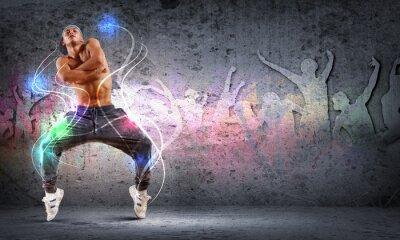 Canvastavlor ung man dansar hip hop med färglinjer