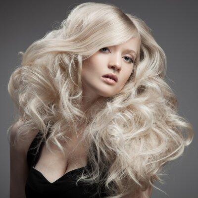 Canvastavlor Vacker blond kvinna. Lockigt hår