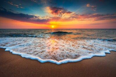 Canvastavlor Vackra soluppgången över havet
