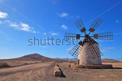 Canvastavlor Väderkvarn på Fuerteventura, Kanarieöarna, Spanien