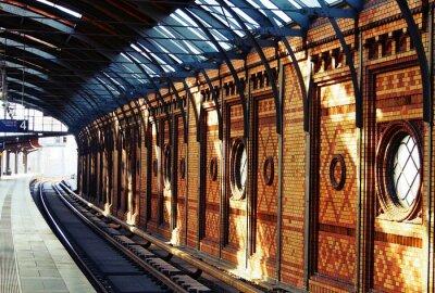 Canvastavlor Väntar på tåget