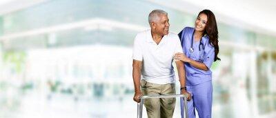 Canvastavlor Vårdpersonalen och äldre man