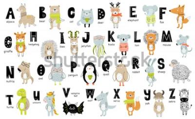 Canvastavlor Vektoraffisch med bokstäver i alfabetet med tecknade djur för barn i skandinavisk stil. Handritad grafisk zoo typsnitt. Perfekt för kort, etikett, broschyr, reklamblad, sida, banner design. ABC.