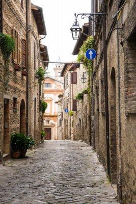 Canvastavlor Vicolo romantico in Italia