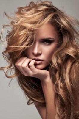 Canvastavlor Vogue stil porträtt av delikata blond kvinna