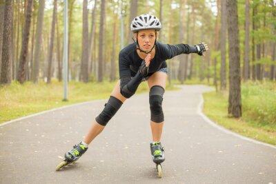 Fototapet Aktiv kvinna rullskridskor