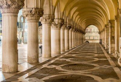 Fototapet Antika kolonner i Venedig. Valv i Piazza San Marco, Venezia