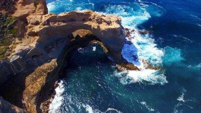 Fototapet Arch. Klippformation längs Great Ocean Road, Australien. Aeri